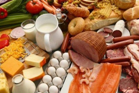 Польща посилює контроль за ввезенням продуктів з-за східного кордону