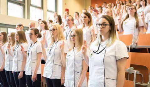 Що заважає українським медсестрам працювати в польських лікарнях?