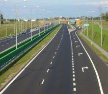 Прем'єр України вважає головним завданням на 2020 рік будівництво доріг