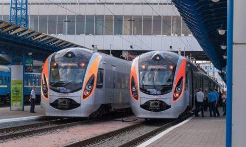 У суботу з Перемишля в Україну поїде ще два потяги