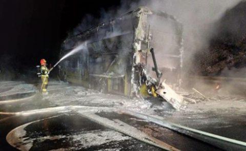 Проблемне повернення додому: у пожежі автобуса Київ-Прага згоріли документи 15 українців