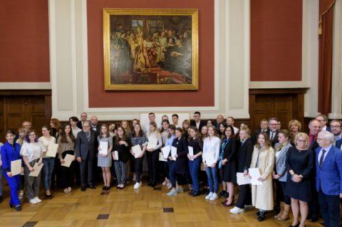 У Познані 50 студентів з України отримали по 3 тисячі злотих стипендії