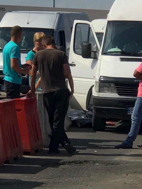 У пункті пропуску Корчова-Краківець в черзі померла громадянка України