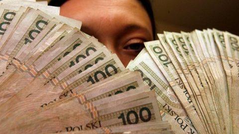 Польська податкова розвіяла сумніви щодо оподаткування молодих іноземців