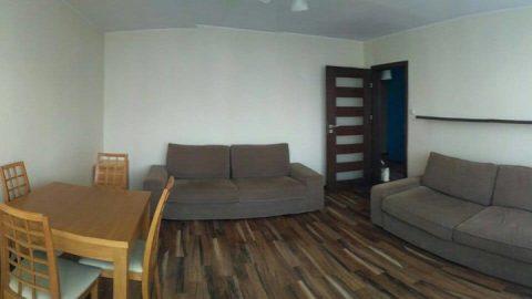 Подселение в 2х комнатную квартиру.Варшава.