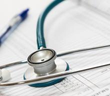 На візит до профільного лікаря в Польщі треба чекати в середньому 4 місяці