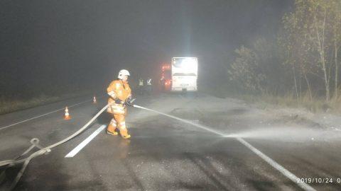 На Рівненщині автобус Київ-Варшава зіткнувся з вантажівкою. Є жертви (Фото)