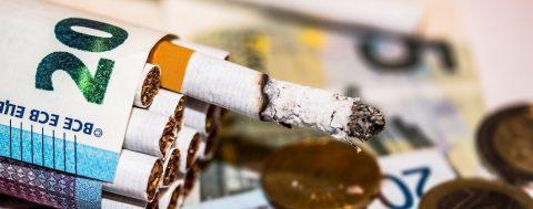 З нового року сигарети та алкоголь у Польщі стануть ще дорожчими