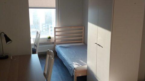 Pokój 2-osobowy w mieszkaniu 3-pokojowym z salonem