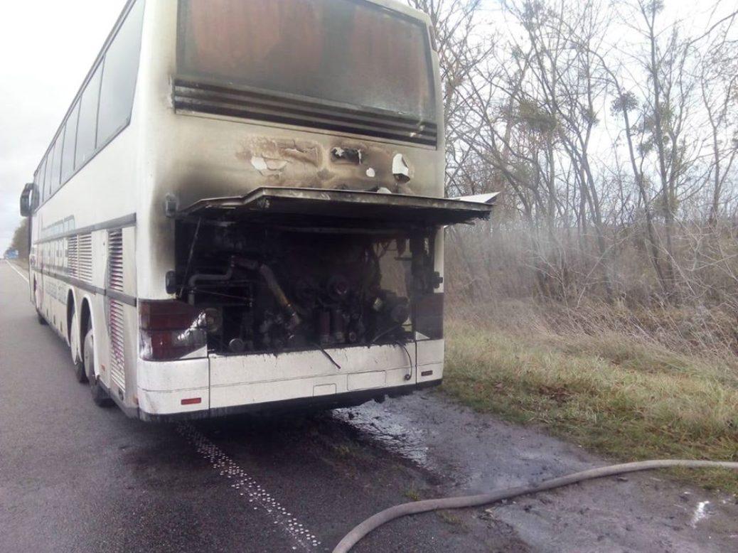 На трасі Київ-Чоп загорівся автобус Харків-Познань (Фото)