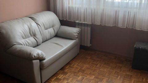 Pokój do wynajęcia w Warszawie w mieszkaniu 3 pokojowym.