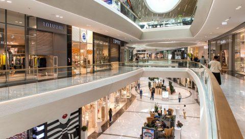 Свято наближається: у найближчий вікенд магазини в Польщі будуть зачиненими