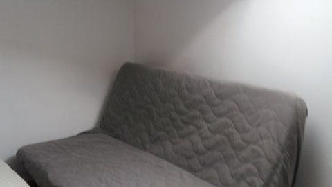 pokój 16 mkw w 3 pokojowym mieszkaniu.