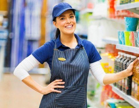 працівник супермаркета