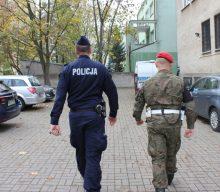 Військові можуть вийти на вулиці Польщі — на підсилення поліцейських патрулів