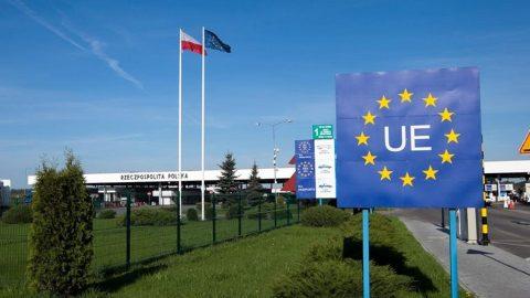 Міністр закордонних справ Польщі лічить дні до відкриття кордонів