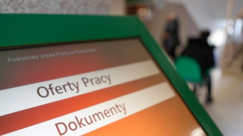 У Польщі може з'явитися навіть 2 мільйони безробітних