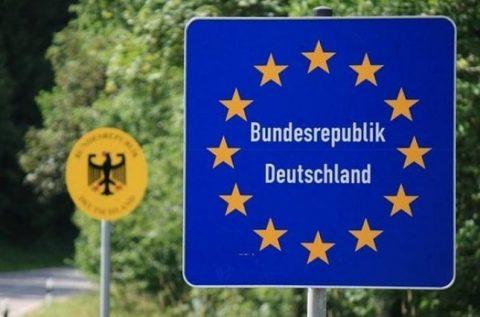 Єврокомісія закликає відкрити кордони в ЄС до кінця червня