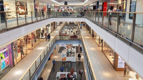Відкриття торгових центрів викликало хвилю повідомлень про замінування