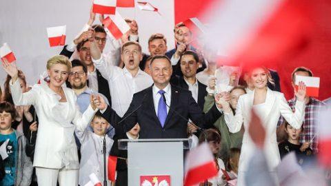 Уже офіційно: Анджея Дуду переобрали президентом Польщі