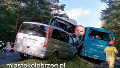 Дві українки постраждали у ДТП за участі рейсових автобусів у Польщі
