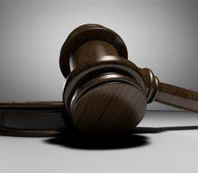 Суди все більше скасовують штрафи за відсутність масок