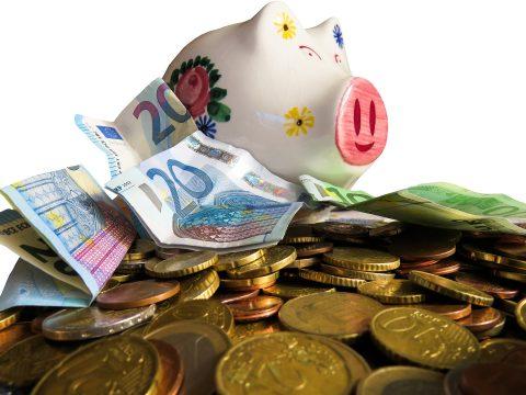 Скільки коштів  витрачає на благодійність середньостатистичний поляк?