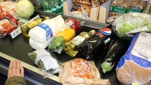 Як робити закупи продуктів у будь-яку неторговунеділю в Польщі?