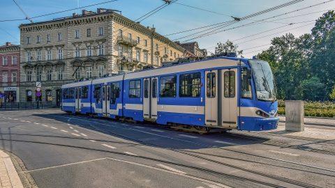 Скільки коштує громадський транспорт в різних містах Польщі?
