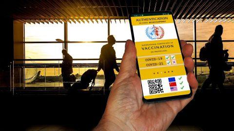 Польські вченні пропонують примусово вакцинувати населення. Чи будуть реалізовані радикальні заходи?