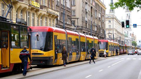 """""""Зайці"""" у громадському транспорті в Польщі. Штрафи та рекордні суми заборгованості"""