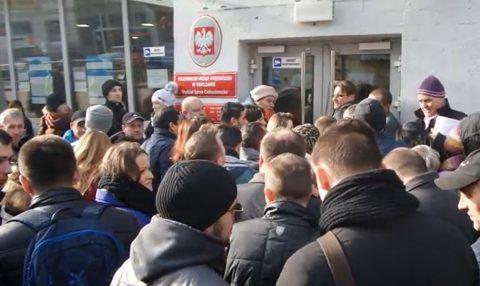Названі головні проблеми які ускладнюють іноземцям легалізацію та доступ до праці в Польщі